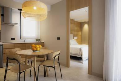 Apartamentos 5pax + 1 con terraza | Zenit Sevilla